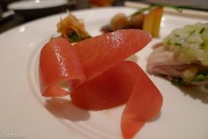 前菜盛り合わせのトマト (JPEG)