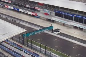 鈴鹿サーキット - 観覧車からメインストレートを臨む