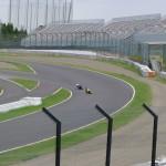 鈴鹿サーキット - 最終コーナーの2台のバイク